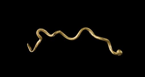 Middle Bronze Age gold wire