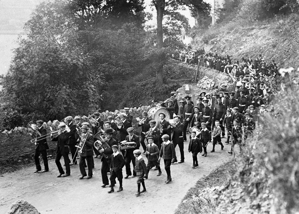 Procession of locals from Fishguard, 30th August 1909 (b/w photo)
