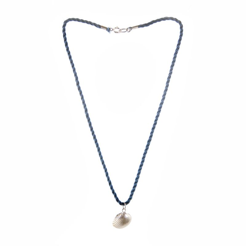 Marine necklace