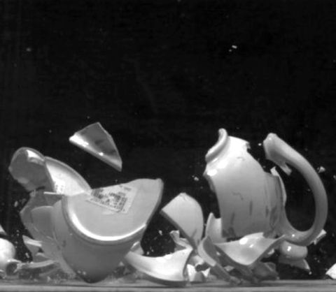 David Cushway, <em>Fragments (Teapot),</em> 2006-7 &copy;&nbsp;yr artist